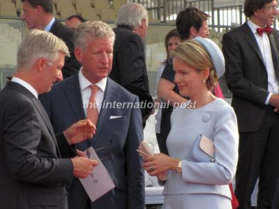 King Philippe of Belgium (L) and wife Queen Mathilde (R)